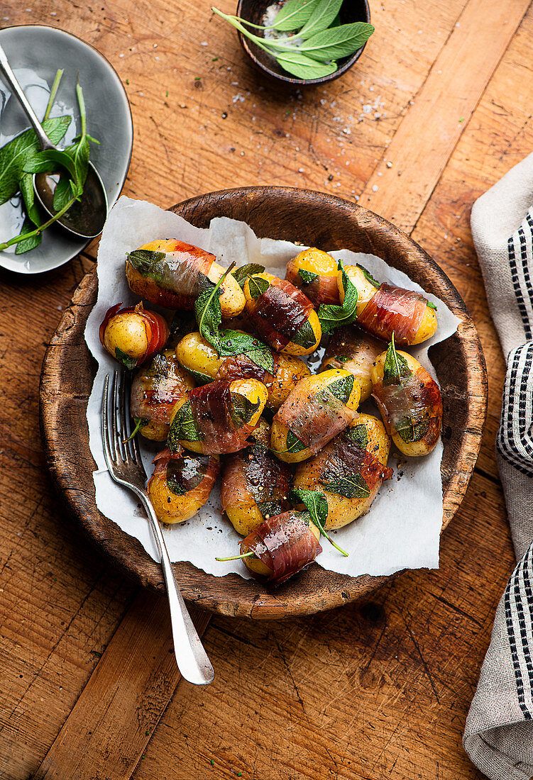 Fried potato saltimbocca with prosciutto and sage