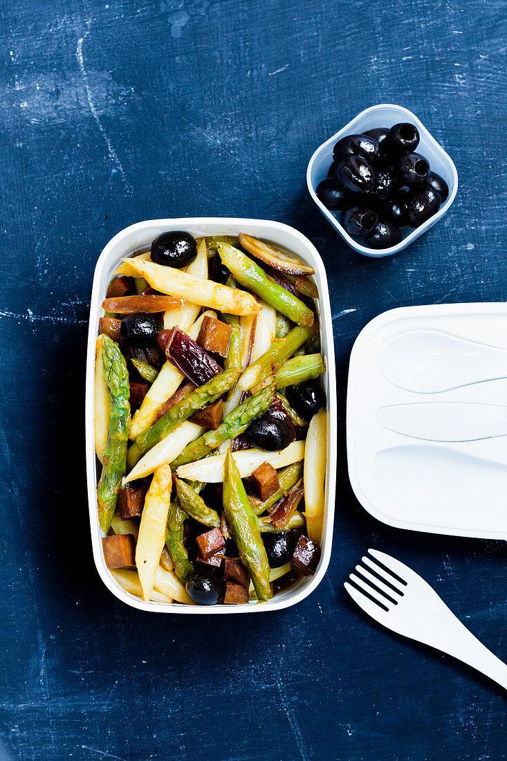 Asparagus chopped salad 'to go'