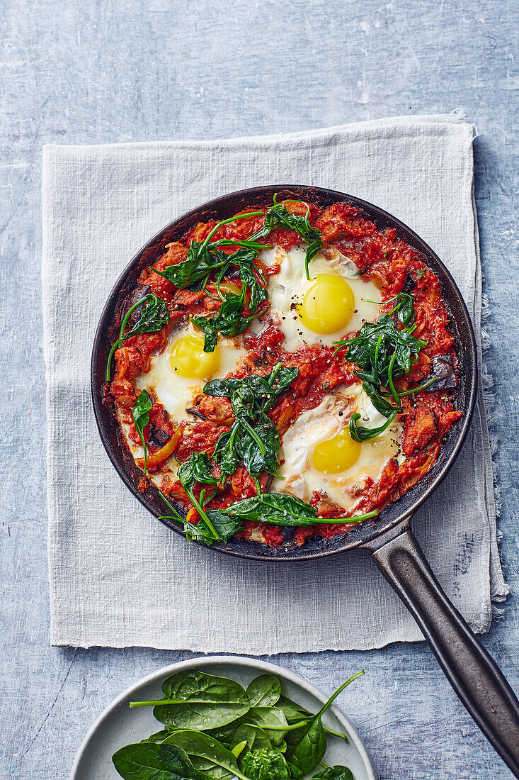 Shakshuka with spinach and egg