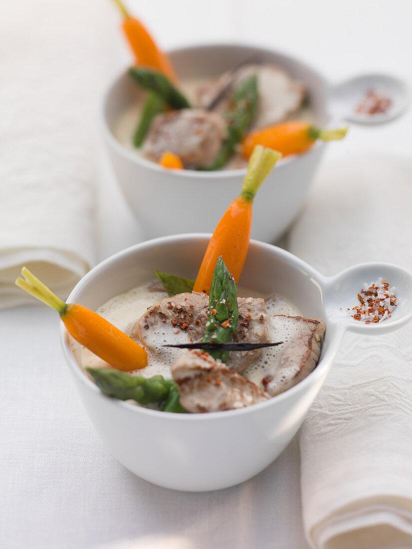 Veal filet tips with sparkling rosé soup