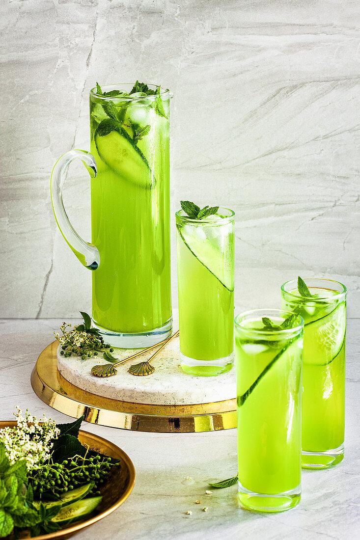 Cucumber elderflower spritzer