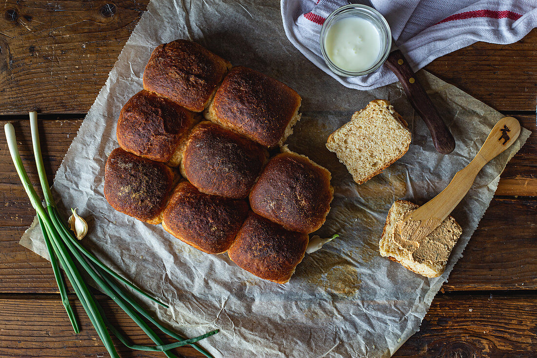 Wholewheat buns