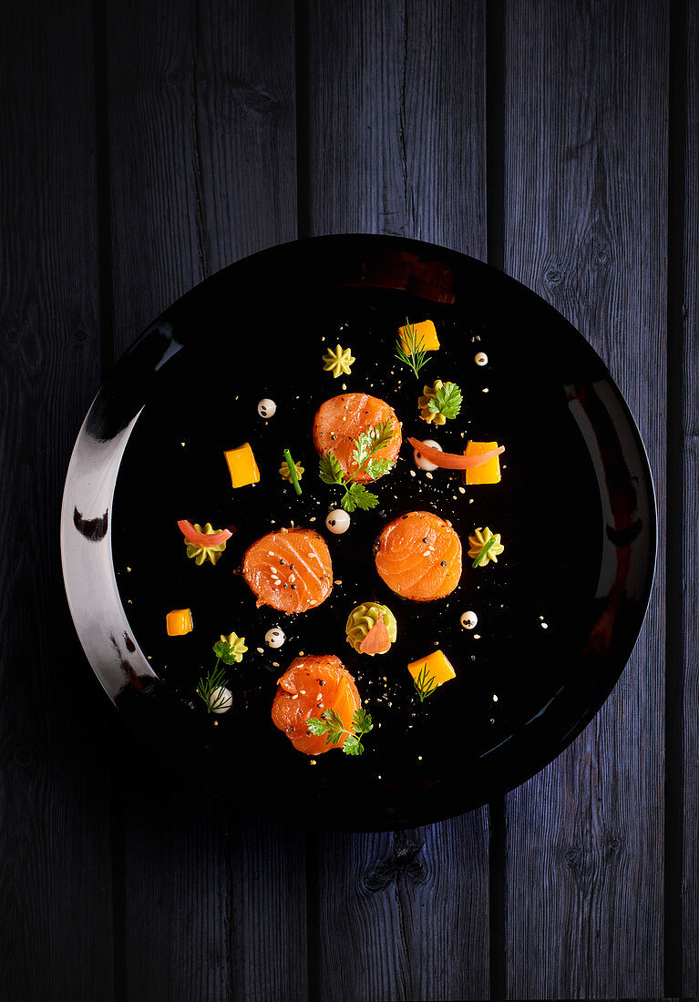 Graved lachs with herbs
