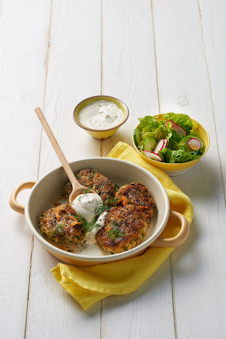 Courgette boulettes with sour cream