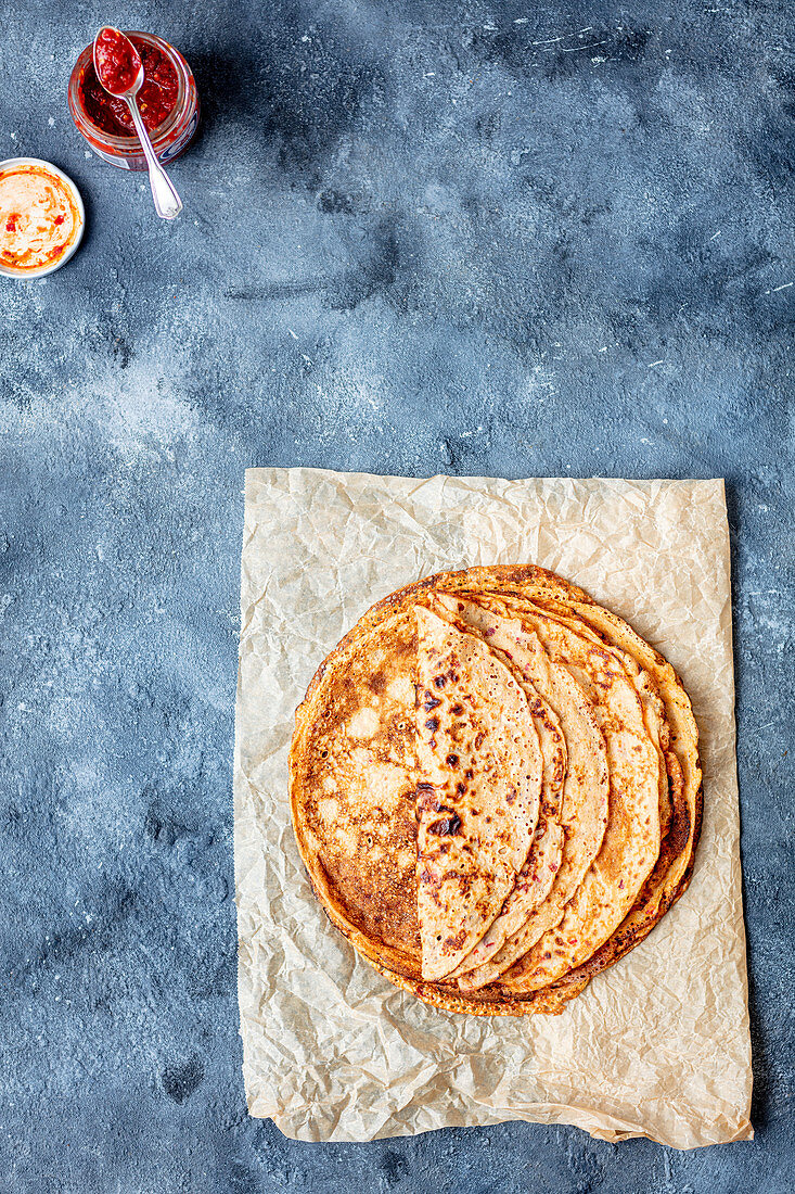 Spelt crepes with chili