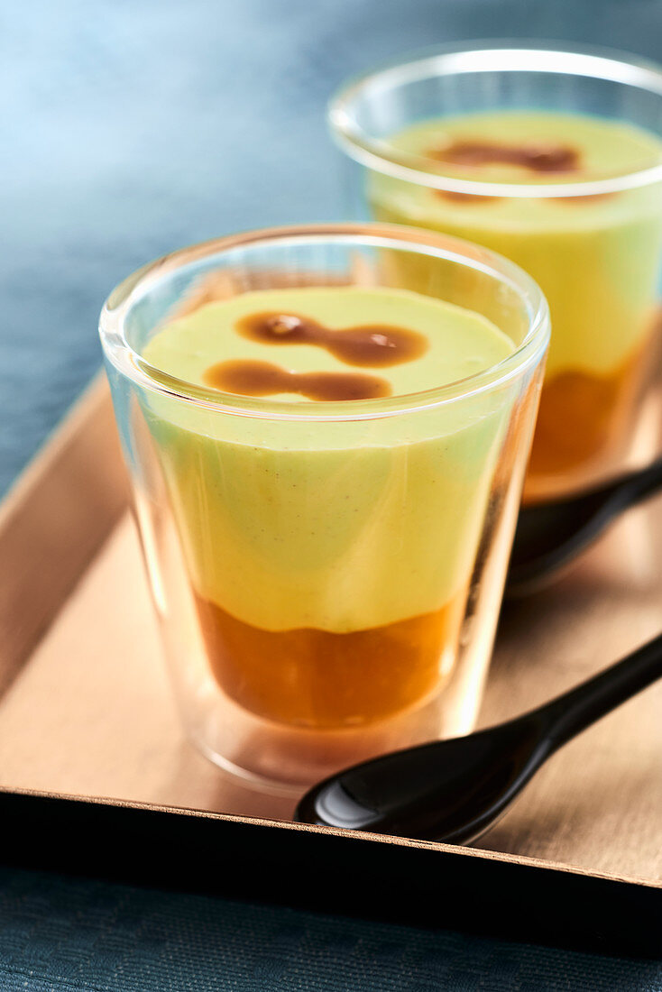 Panna cotta with green tea and mango compote