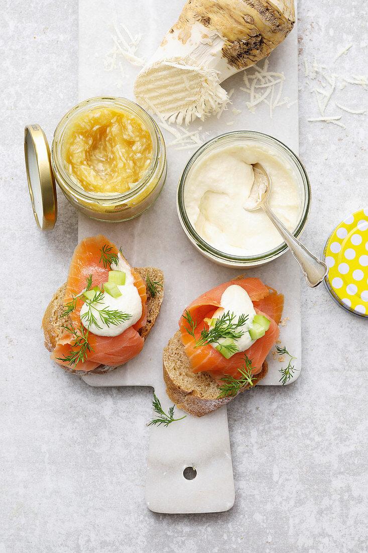 Salmon rolls with apple-horseradish and creamy horseradish