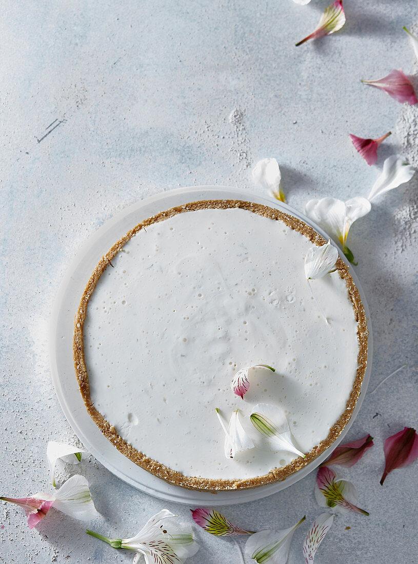 Nonbaked yogurt cake
