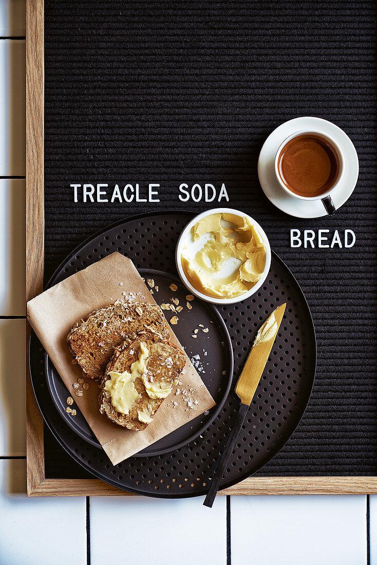 Treacle and oat soda bread