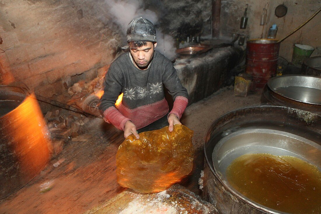 Traditional sweet production, Afghanistan