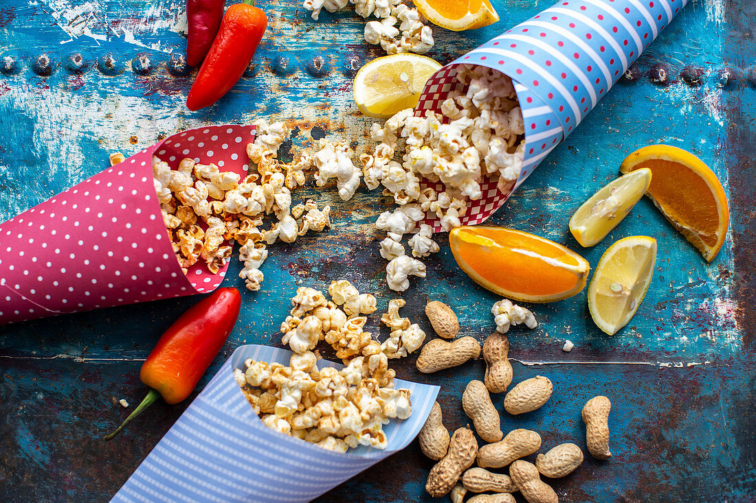Spicy popcorn with orange, chilli and peanuts