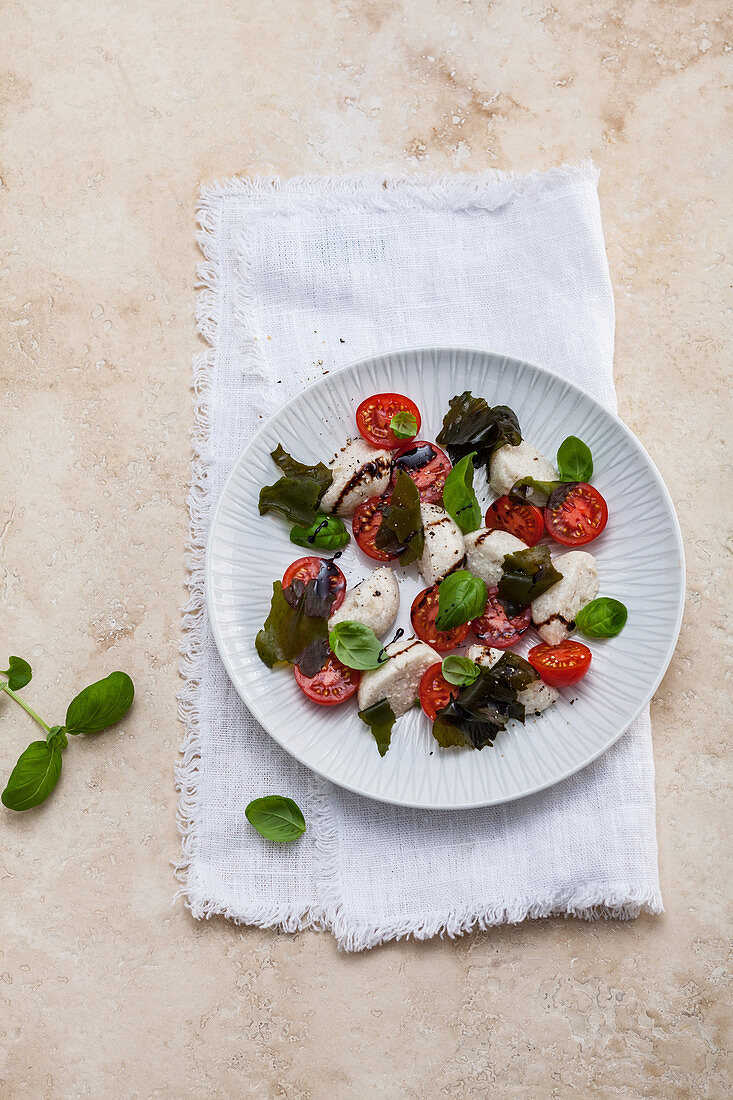 Tomato and mozzarella, basil and wakame