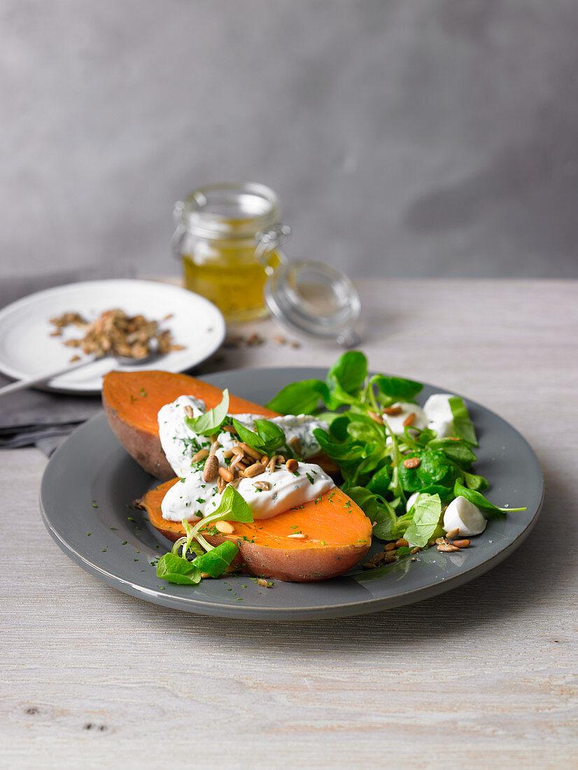 Sweet potato with quark and lamb's lettuce