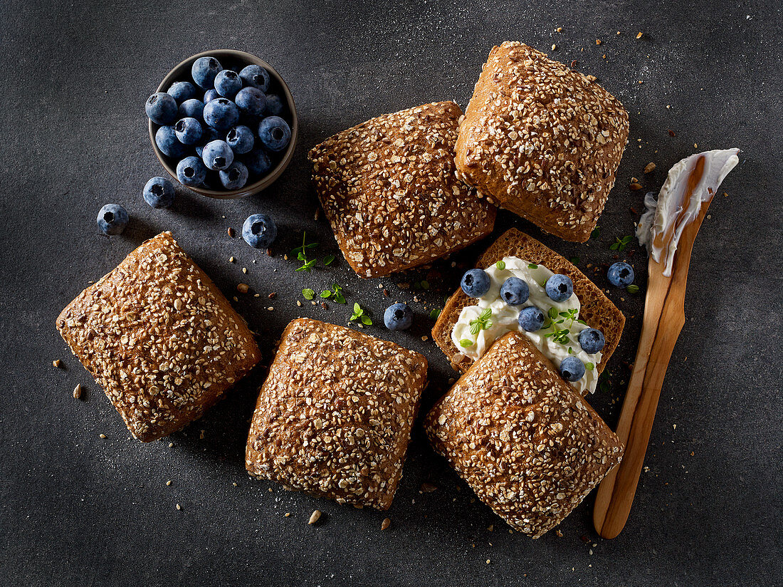 Multi-grain rolls with cream cheese and blueberries