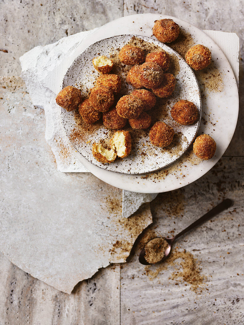 Ricotta fritters with coffee sugar