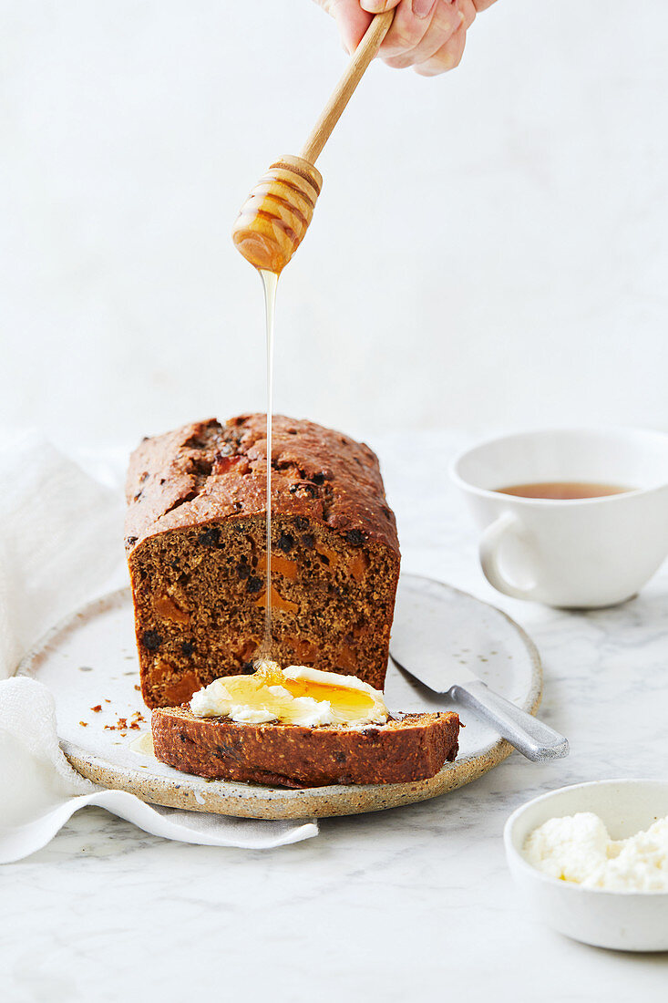 Black tea, dried peach, quince paste and chia seed loaf