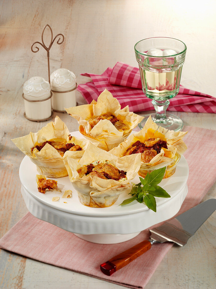 Mini lasagne made from Want-Tan batter with minced meat and mozzarella