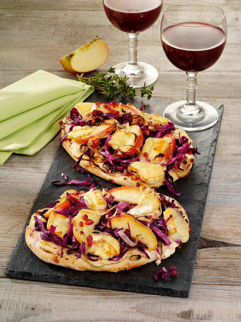Red cabbage tarte flambée with apple and camembert