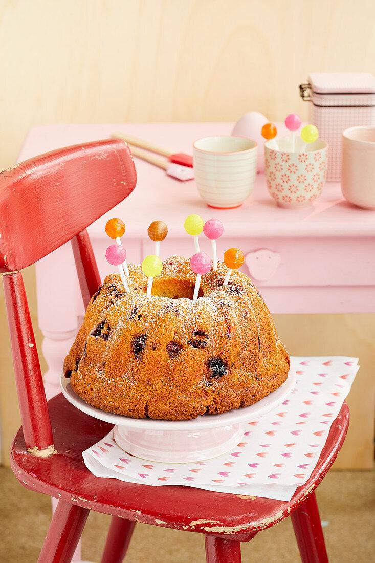 Yoghurt berry bundt cake with lollipops