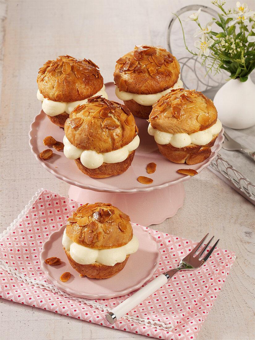 Bee sting cupcakes