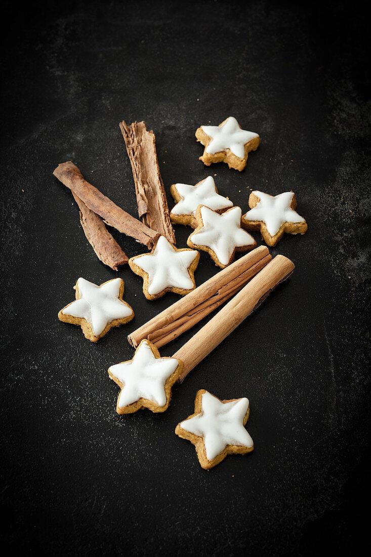 Vegan almond cinnamon stars