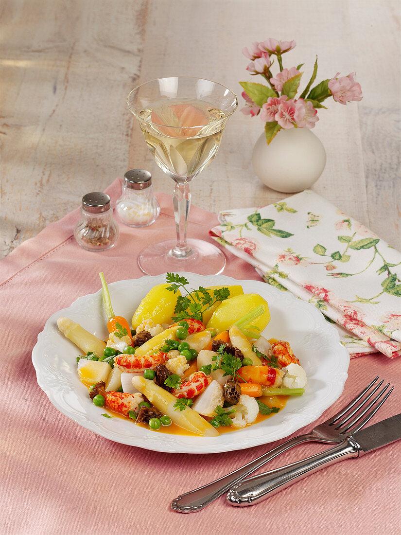 Original Leipziger Allerlei (regional German vegetable dish consisting of peas, carrots, asparagus, and morel mushrooms)