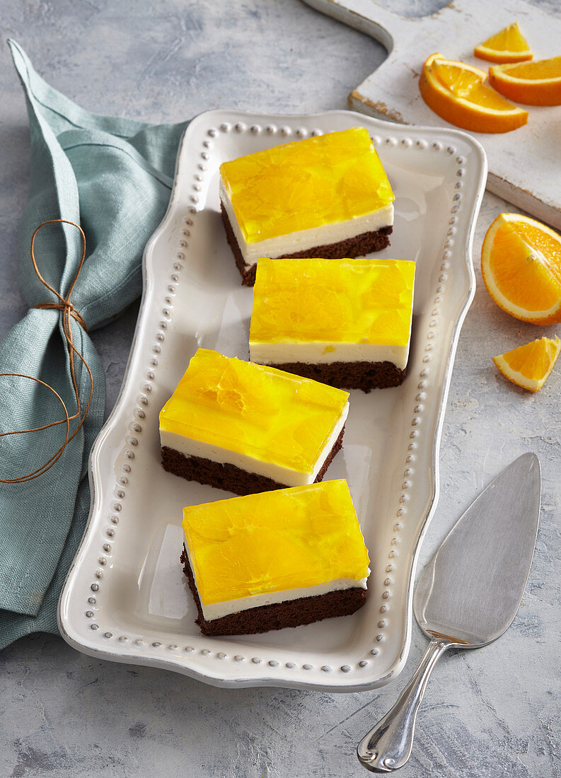 Orange and mascarpone slices
