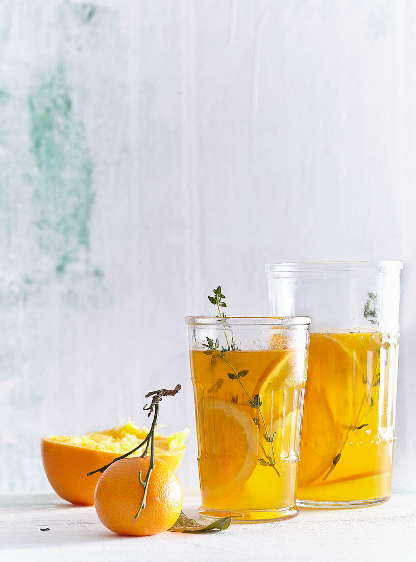 Orange drink with cloves and cinnamon
