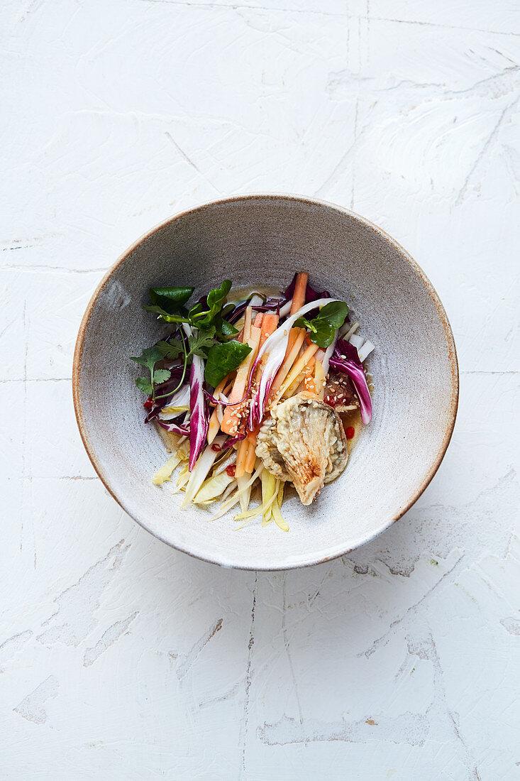 Veggie bowl with radicchio and oyster mushroom tempura