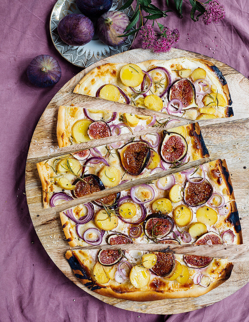 Potato and fig tarte flambée with rosemary and honey