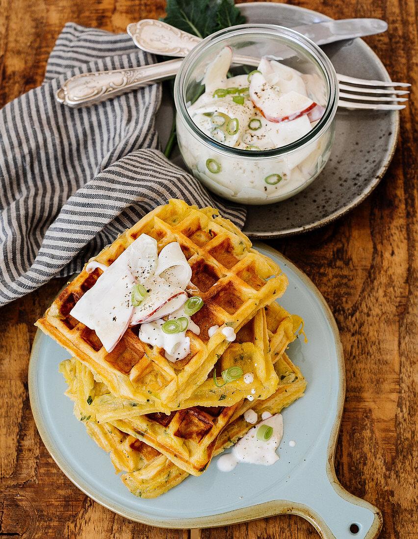 Potato waffles with a kohrabil and apple salad