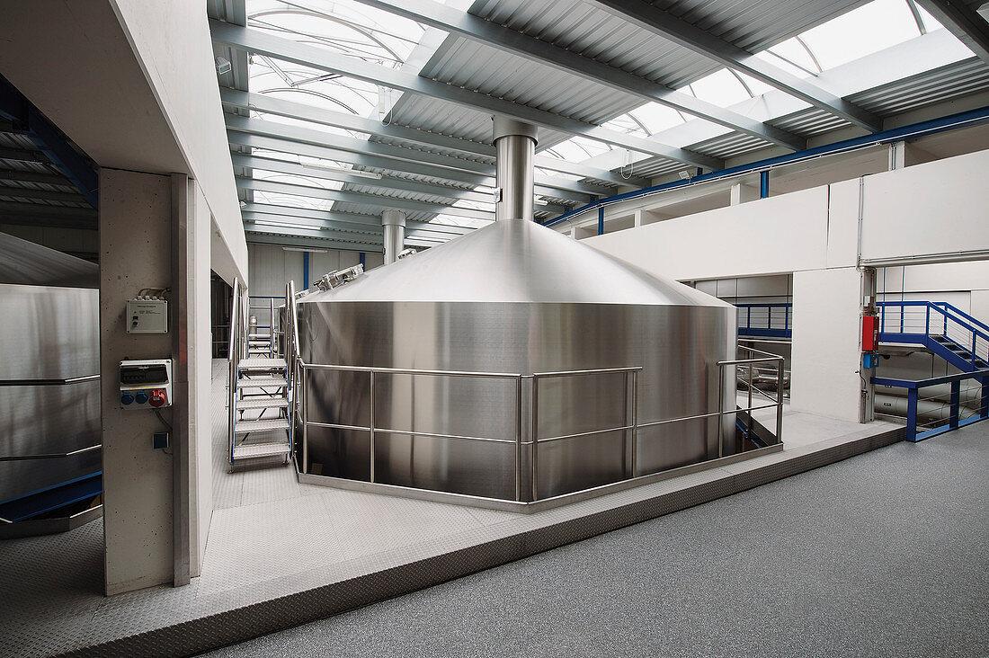 A modern brewery (Oettinger)