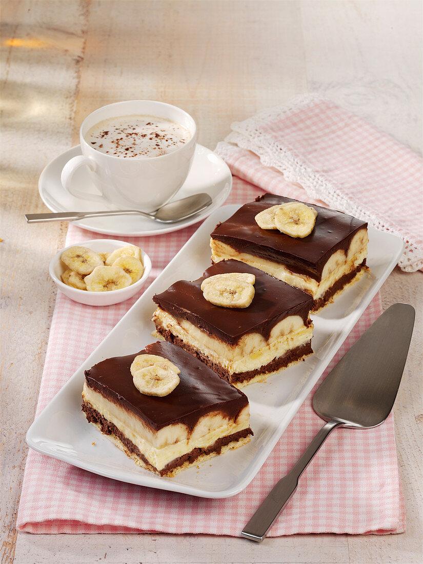 Banana-Split-Kuchen
