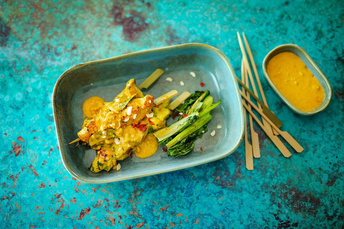 Thai chicken kebab with peanut sauce (Asia)
