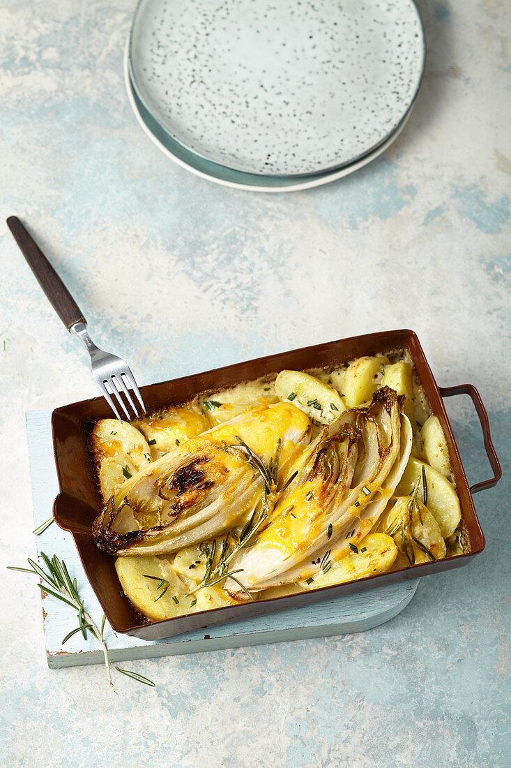 Rahmchicorée mit Kartoffeln