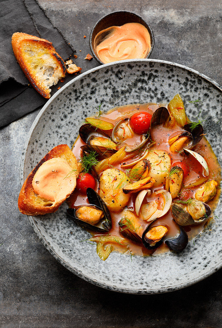 Mussel bouillabaisse with crostini and rouille sauce