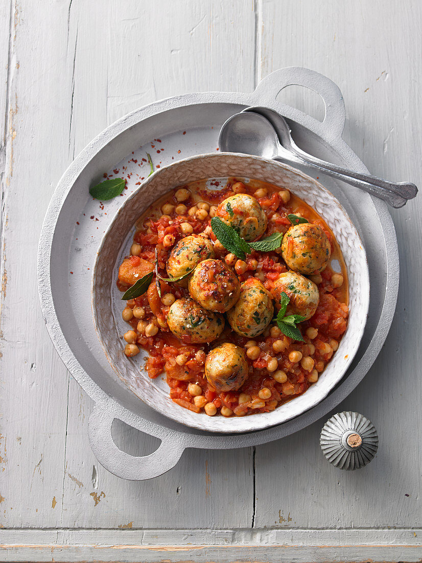 Chicken and apricot kefta with chickpeas and salted lemon