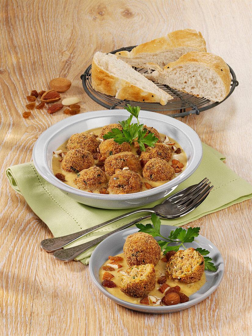 Malai Kofta –lamb meatballs with a curry and coconut sauce