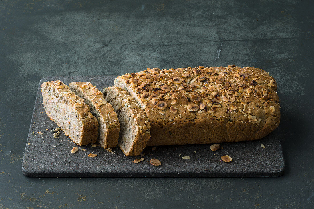 Low-carb nut bread
