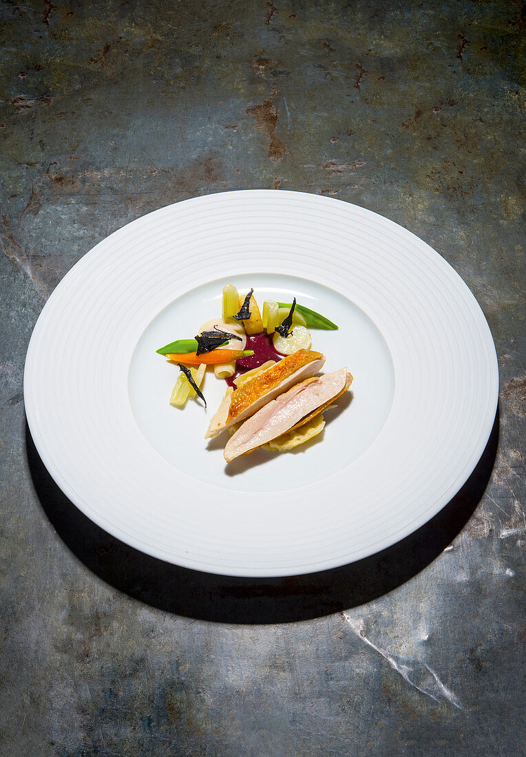 Partridge with fermented vegetables and common ragweed
