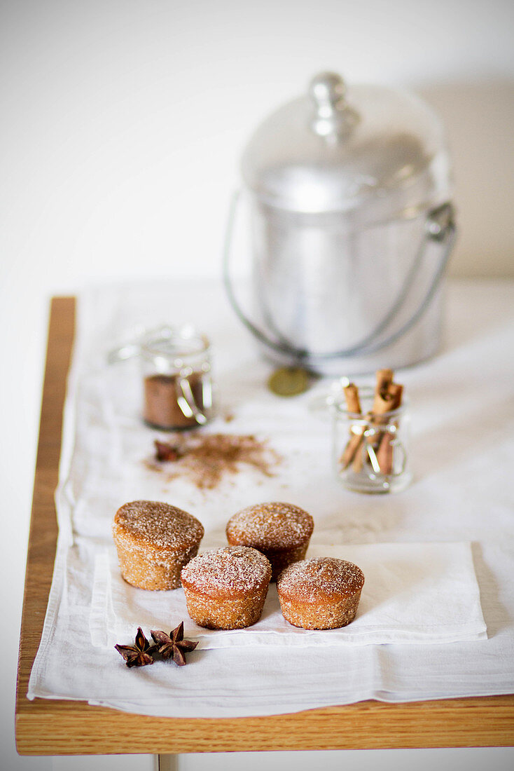 Mini spice cakes