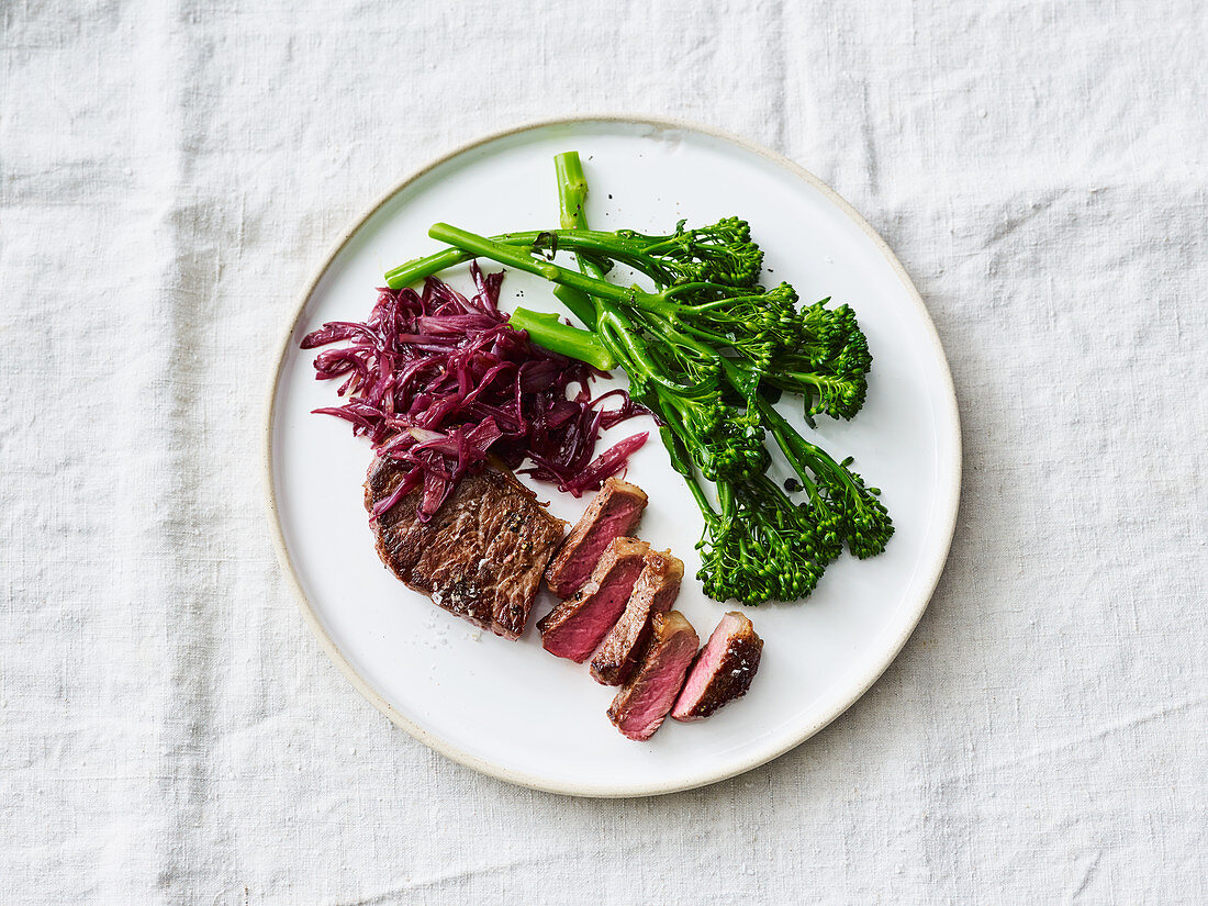 Rump steak with broccolini and red wine shallots