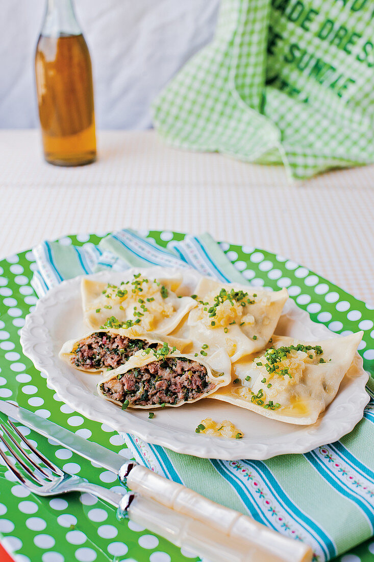 Maultaschen with minced meat and mozzarella filling