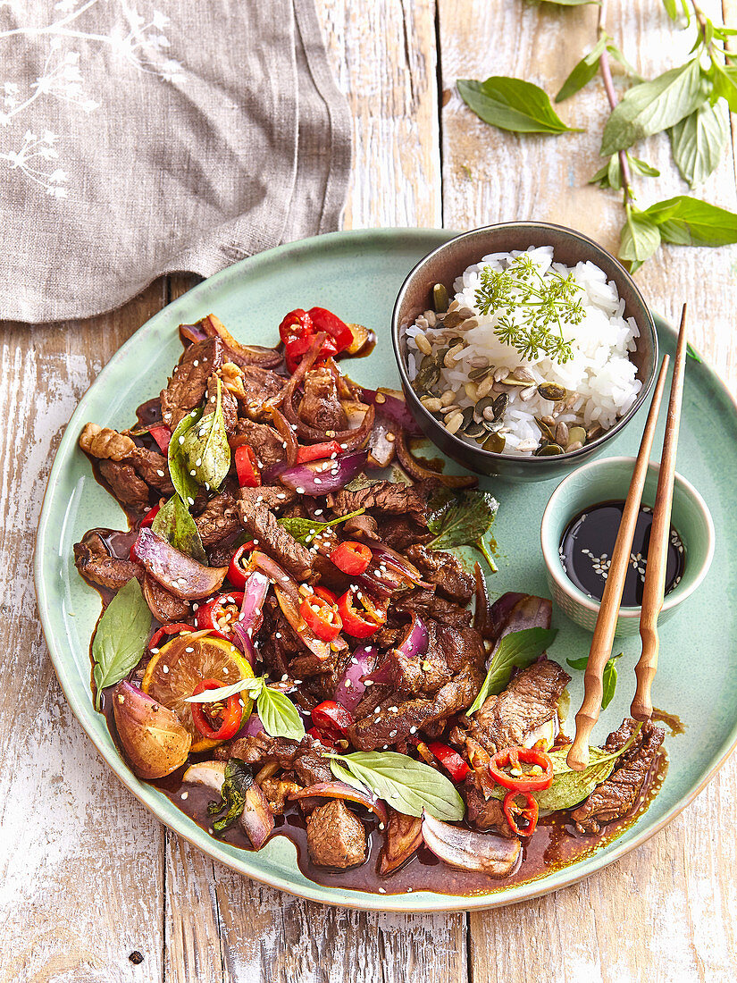 Beef with basil and chilli