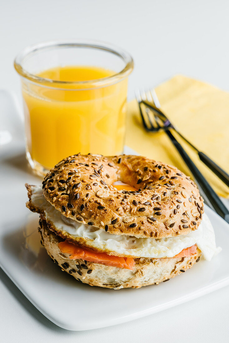 Bagel with cream cheese, salmon and egg