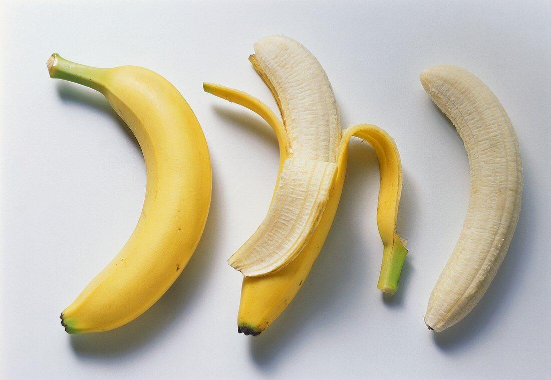 Whole, half-peeled & completely peeled banana