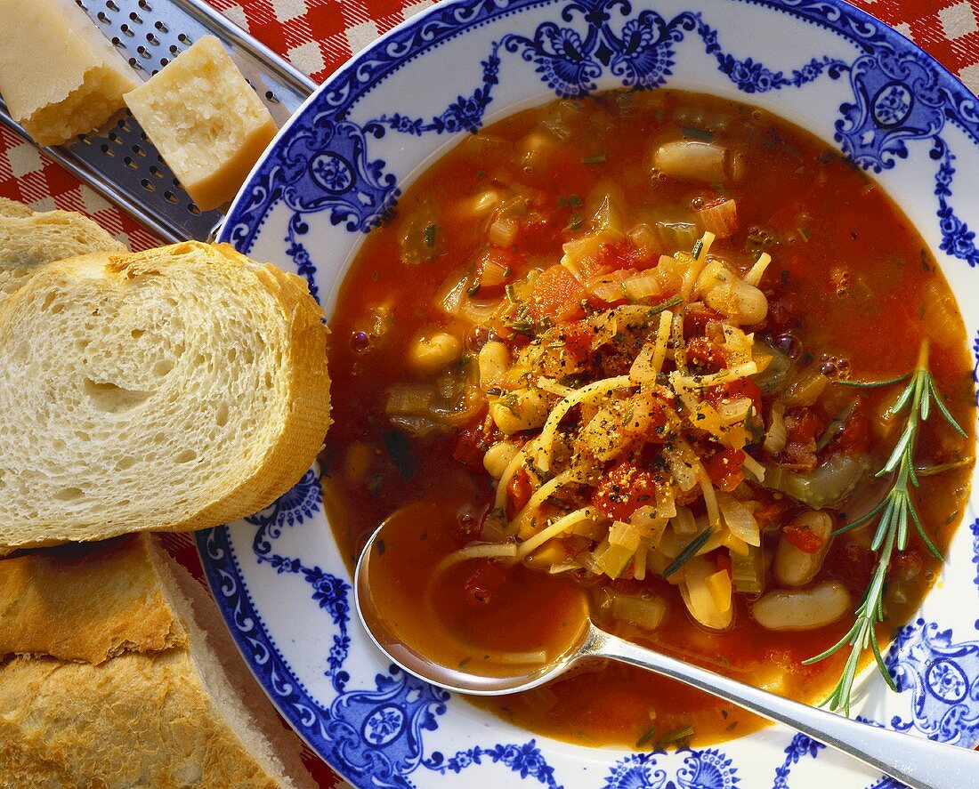 Zuppa di fagioli (Bean soup with rosemary, Italy)