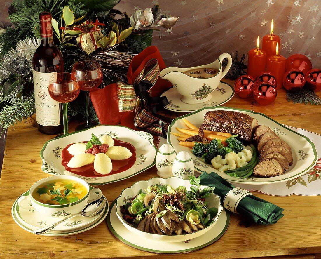 Four-course menu: soup, salad, beef fillet & almond mousse