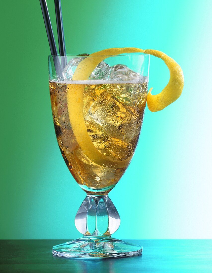 Horse's Neck (long drink with whisky and ginger ale)