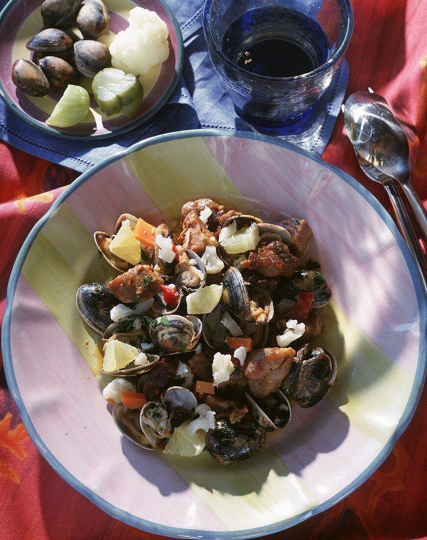Shellfish stew with pork (Portugal)